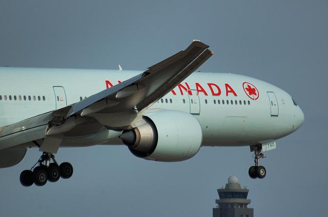 AIR CANADA Boeing777-300ER 3