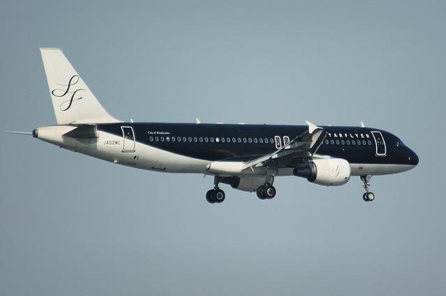 SFJ Airbus A320 3
