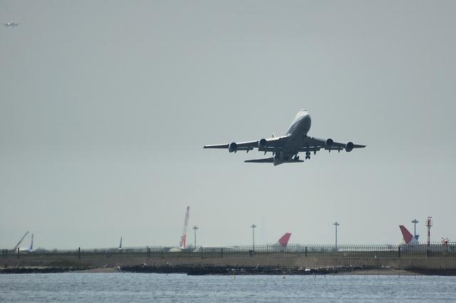 ANA Boeing747-400 離陸
