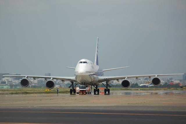 ANA Boeing747-400D 2