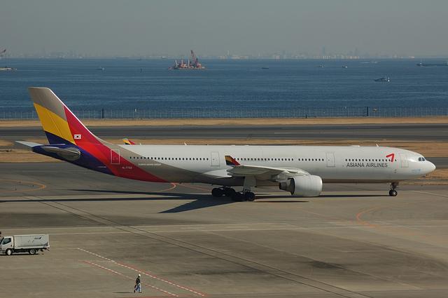 アシアナ航空のAirbus A330-300 新塗装