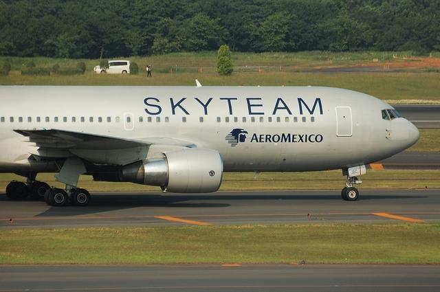 AERO MEXICO Boeing767-200ER 5