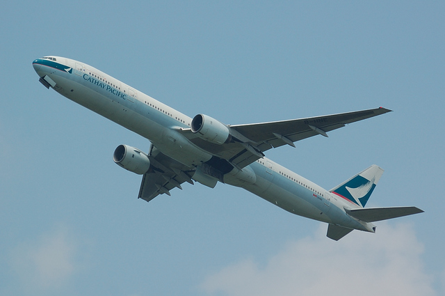 Cathay Pacific Airways Boeing777-300 2