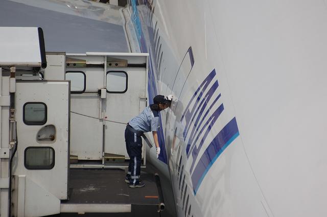 Boeing777 Door Open 2