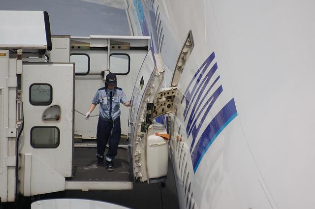 Boeing777 Door Open 8