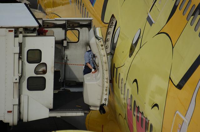 Boeing747 Door Open 4