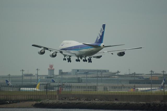 ANA Boeing747 RWY16L Approach 6
