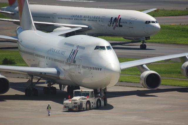 JAL Boeing747-400 プッシュバック