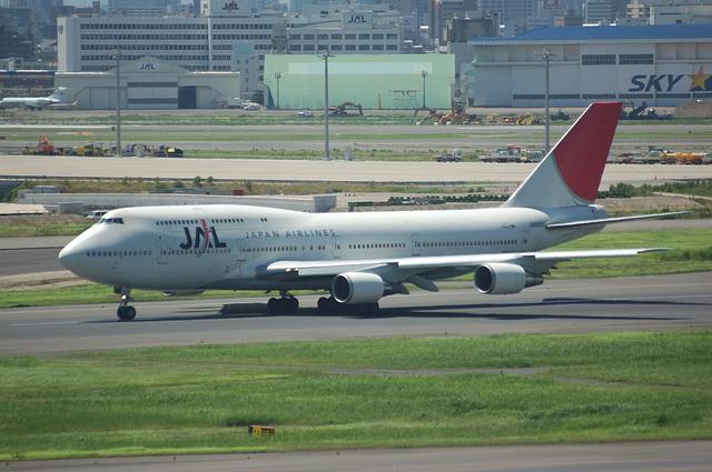 JAL Boeing747-400 離陸滑走