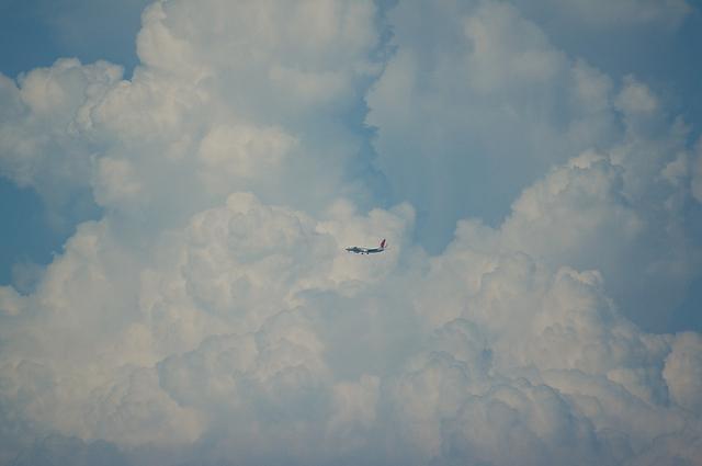 入道雲と飛行機 3