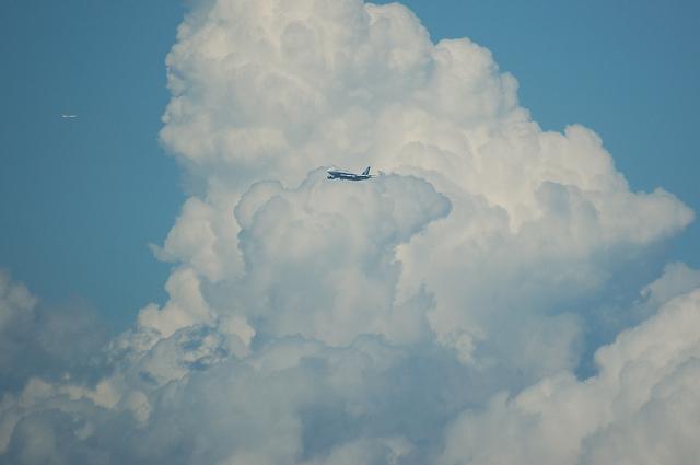 入道雲と飛行機 5