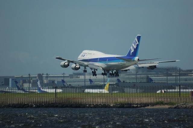 ANA Boeing747-400 VOR-C 6