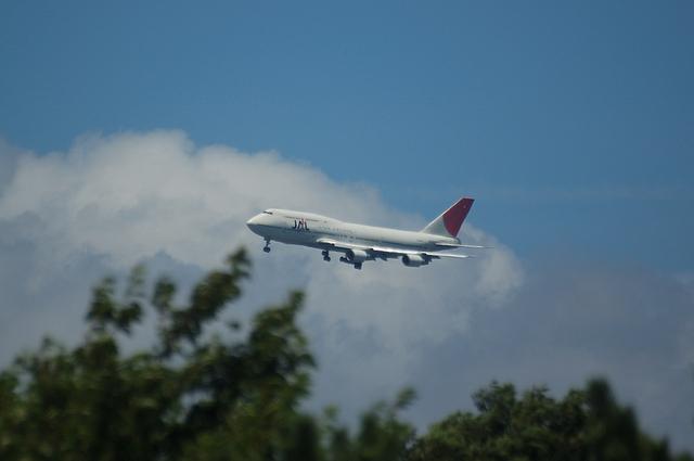 JAL Boeing747-400 VOR-C 1