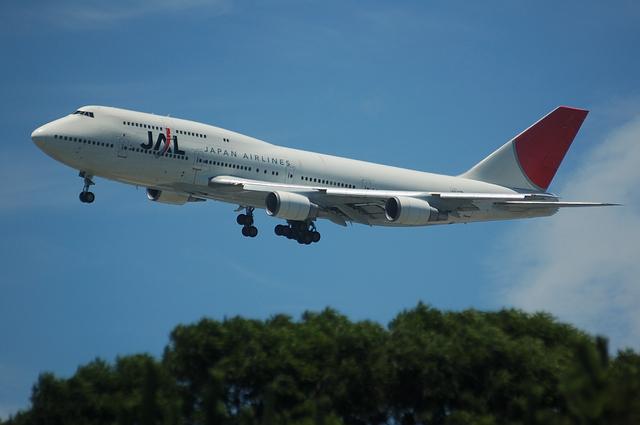 JAL Boeing747-400 VOR-C 3