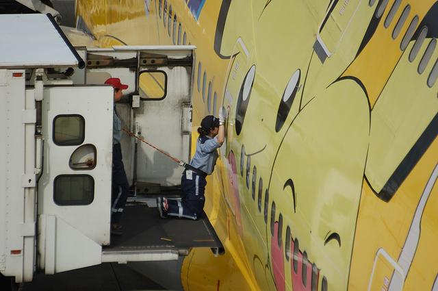 Boeing747 Door Open 1