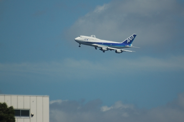 ANA Boeing747-400 VOR-C 1