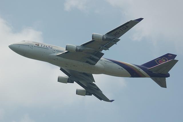 タイ国際航空 B747 3