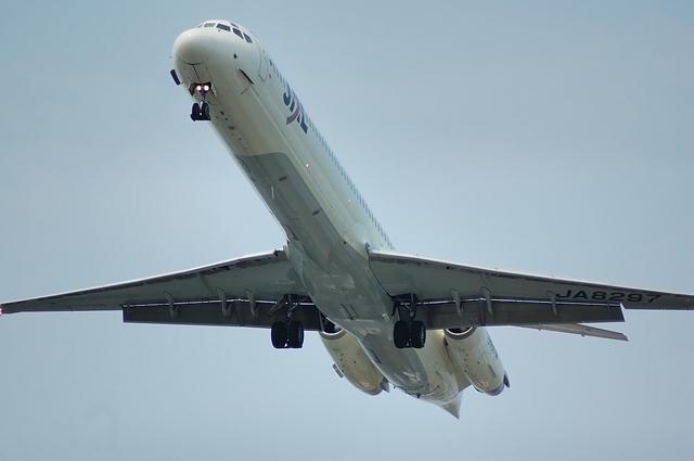 MD-81 10