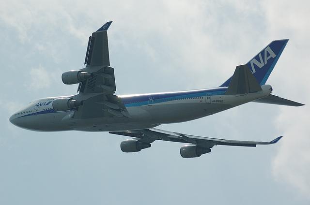 ANA B747-400 7
