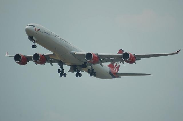 VS A340-600 1