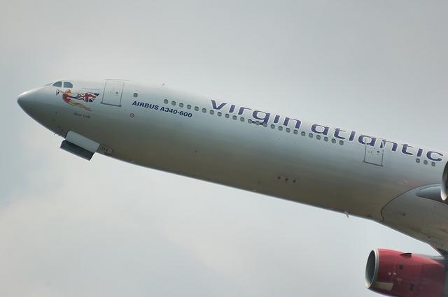 VS A340-600 2