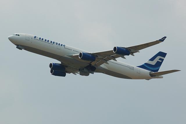 FINNAIR A340 2