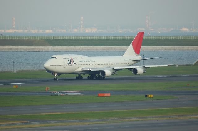 JAL B747-400D 1