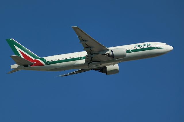 Alitalia B777 2