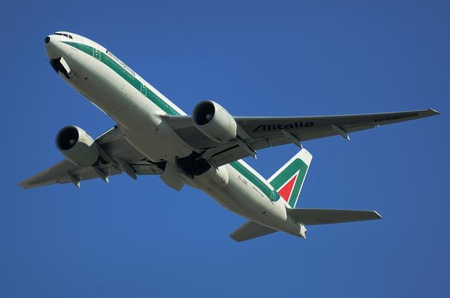 Alitalia B777 6