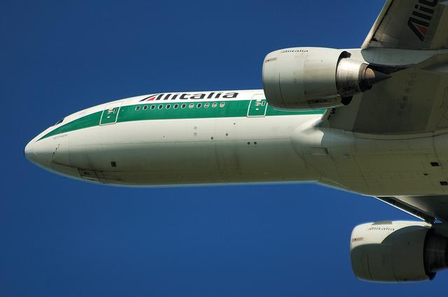 Alitalia B777 7