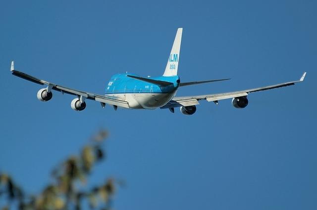 KLM B744 10