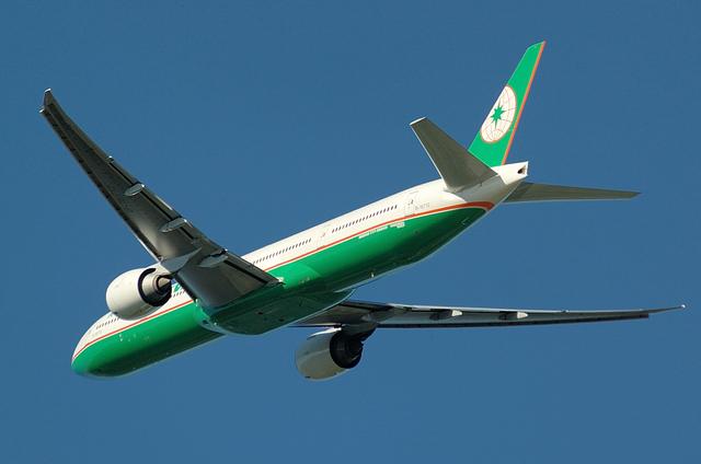 エヴァ航空 4