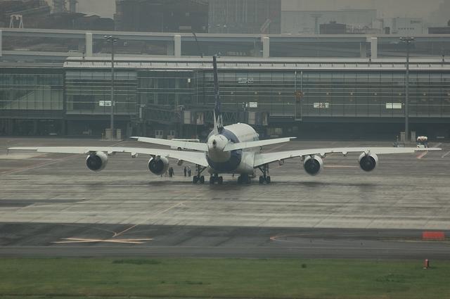 羽田空港でのA380 1