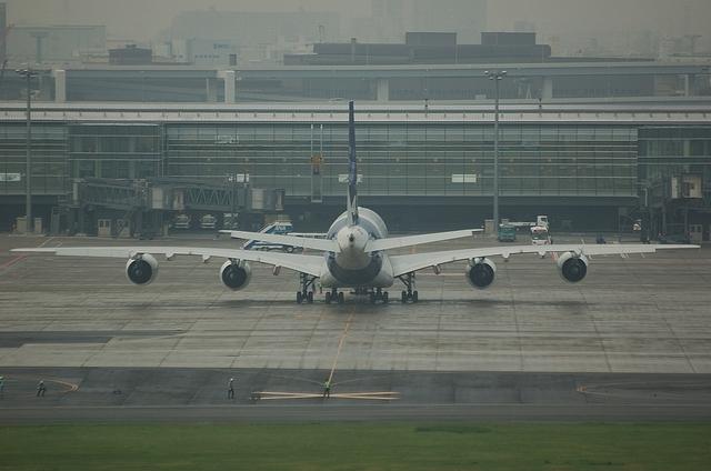 羽田空港でのA380 2