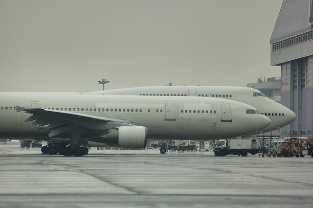 B747とA300 2