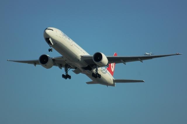 トルコ航空 B777-300ER 4