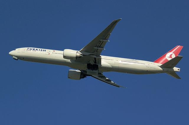 トルコ航空 B777-300ER 6
