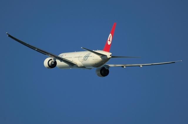 トルコ航空 B777-300ER 8