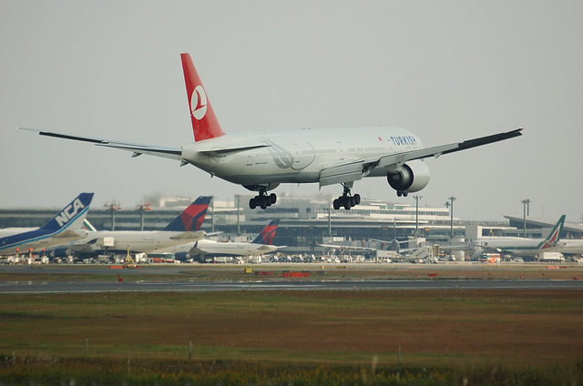 トルコ航空 B777-300ER 5