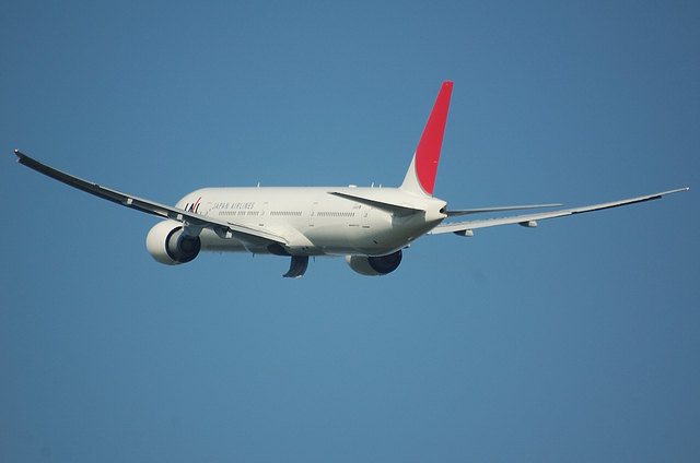 JAL Boeing777 3