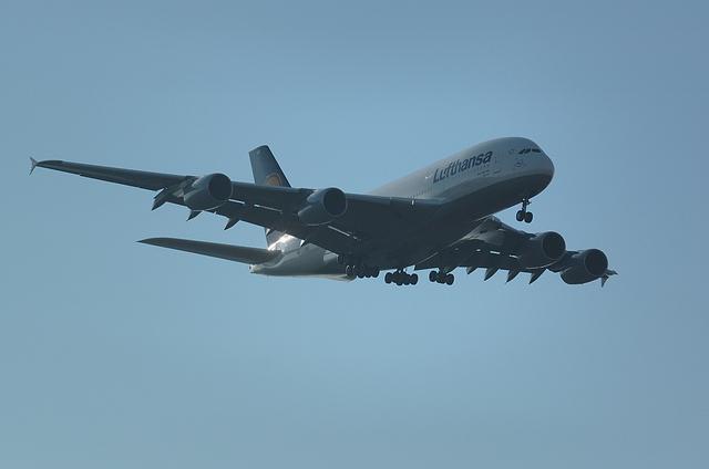 LH A380 2