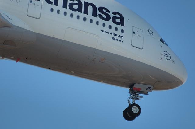 LH A380 4