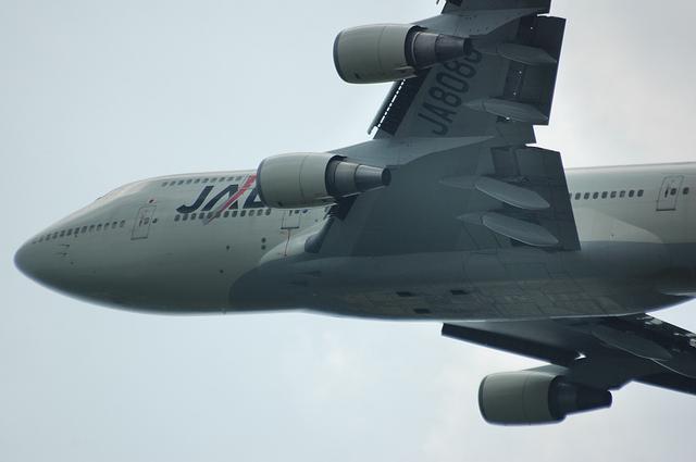 JAL B744 離陸2