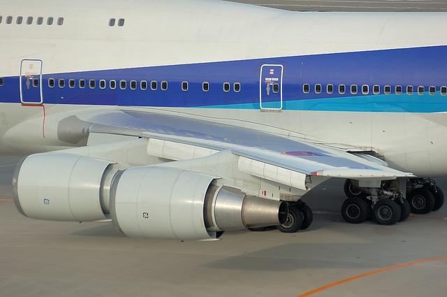 Boeing747 スラット展開開始