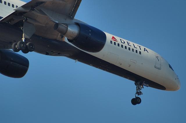 デルタ航空 B757 2