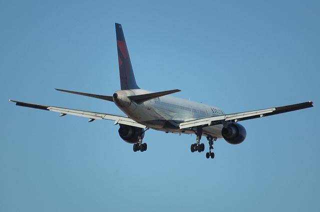デルタ航空 B757 3