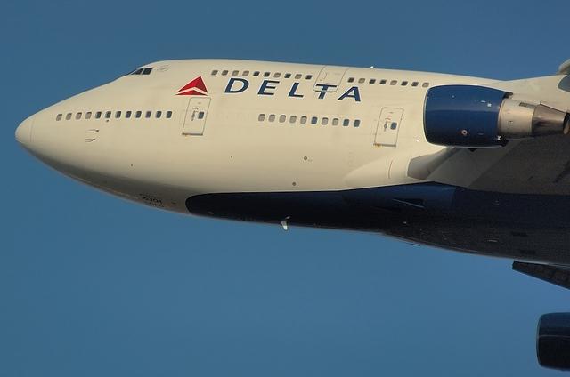 DELTA B744 5