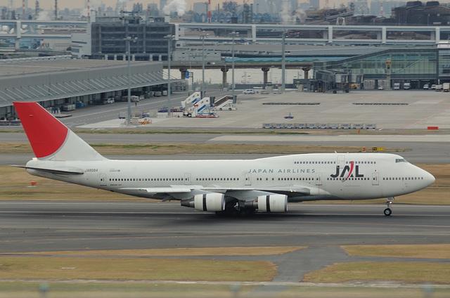 JAL B747 4
