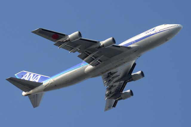 ANA B744D 離陸 3