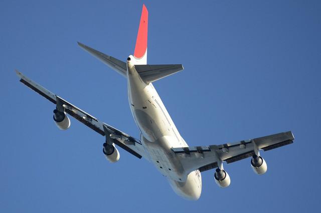 JAL B744D 13